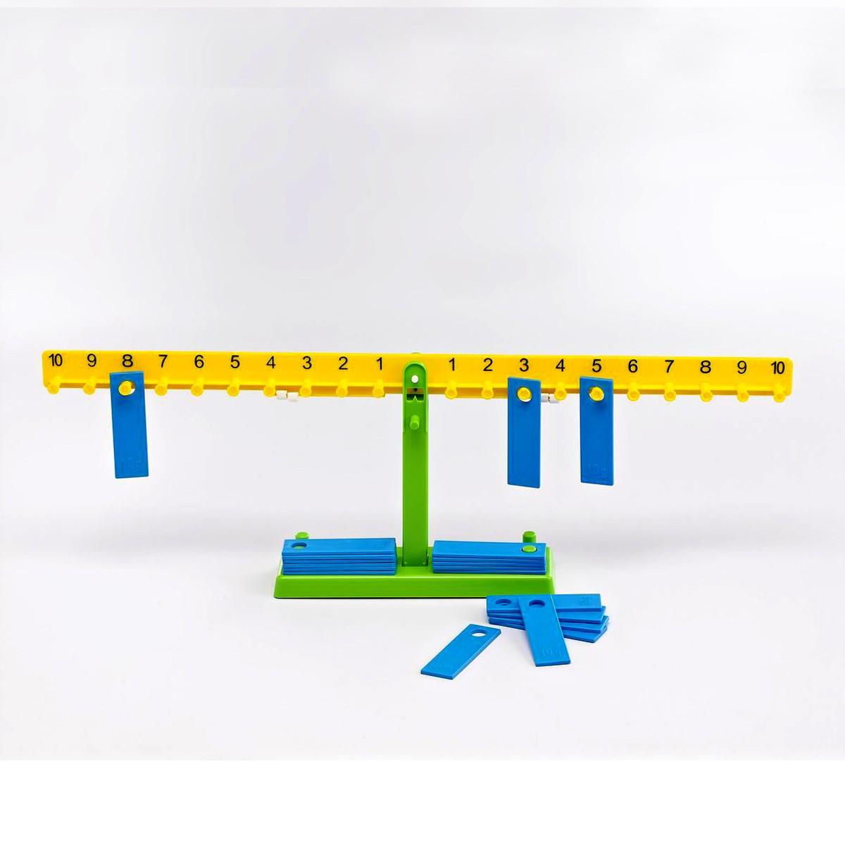 Elev Talens balansvåg inkl. 20 brickor